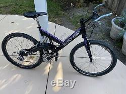 Cannodale Super V 2000 Raven Carbon Aluminum Frame W Head Shok Deore XT Ringle