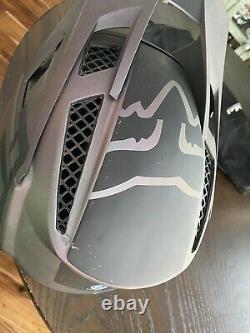 FOX RAMPAGE PRO CARBON HELMET Large Matte Black DH MTB BMX Full Face