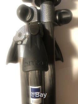 Gitzo G2227 Carbon Fiber Explorer Tripod With Manfrotto 3427 Head
