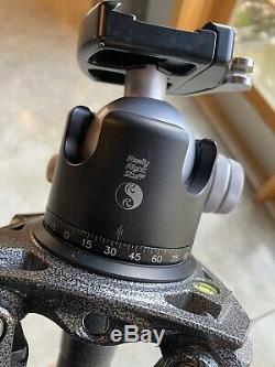 Gitzo carbon fiber tripod GT4552TS With Really Right Stuff B-55 Head