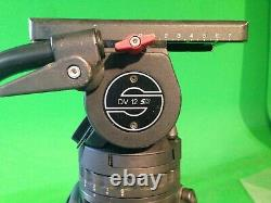 Head Sachtler DV 12 SB with carbon fiber tripod. Payload up to 15kg, 33 lbs