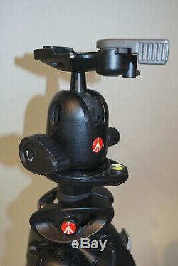 Manfrotto 190CXPRO4 4-section Carbon Fiber Tripod With496RC2 Ball Head