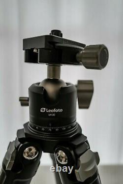 Mint Leofoto LS-283CM + LH-30 Ball Head Carbon Fiber Tripod with Bag