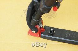 Sachtler Cine 30 HD Fluid Head 150 EFP 2 CF Legs Floor Spreader Case